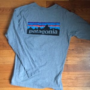 Patagonia p-6 logo long sleeve shirt